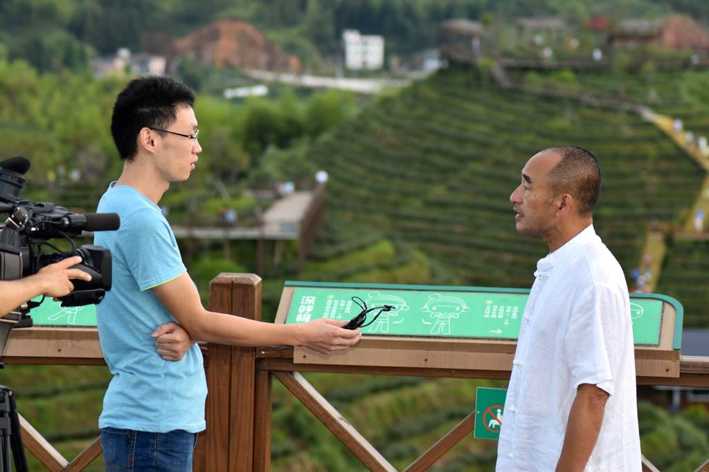 Maître Liu Deming interviewé par la télévision chinoise en août 2017