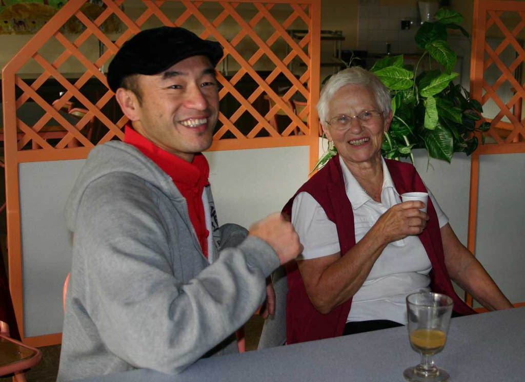 Maître Liu Deming avec Ingrid Malenfant, fin d'un stage à Redon en 2011